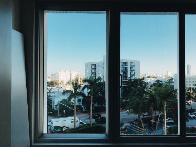 Como escolher a janela certa para a casa (e poupar dinheiro na fatura energética)