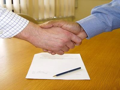 Covid-19: Novo regime permite autenticação de documentos e assinaturas via internet