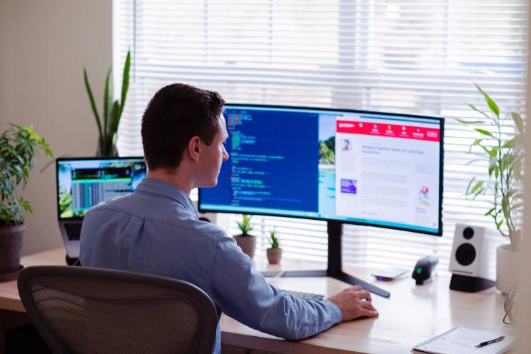 Teletrabalho no interior: Governo dá apoio mensal de 219 euros por pessoa e incentivos ao coworking