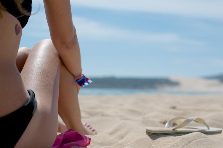 Ir à praia em tempos de Covid-19: regras para estar em segurança