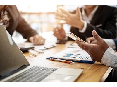 Publicada lei que impede comissões bancárias por processamento de crédito e fim de dívida