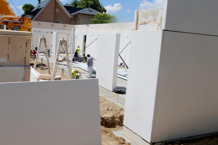 Licenças para construir e reabilitar casas em máximos de 2010