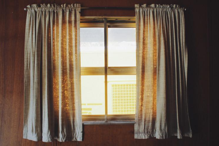 Onda de calor: dicas para estar fresco em casa e gastar pouca luz