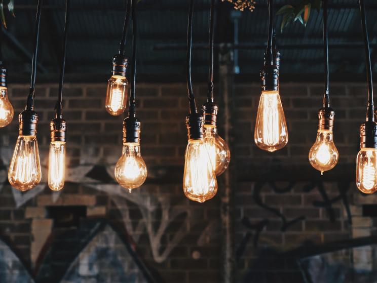 Esta é a nova etiqueta energética para lâmpadas - entra em vigor a 1 de setembro